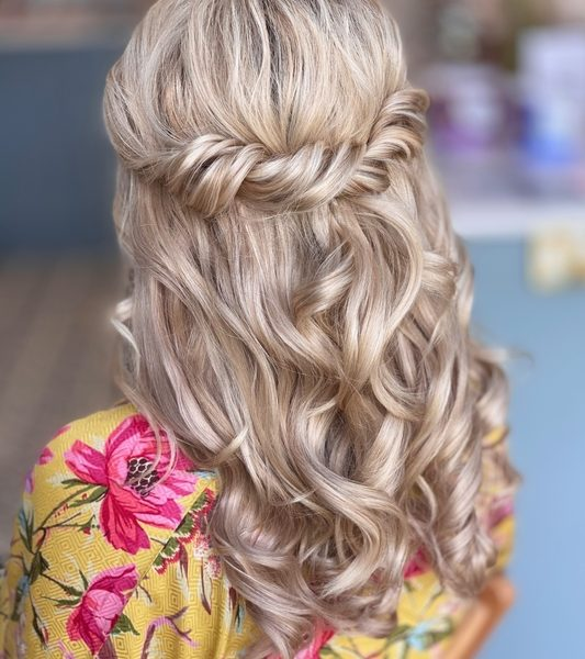 Wedding hair Twist